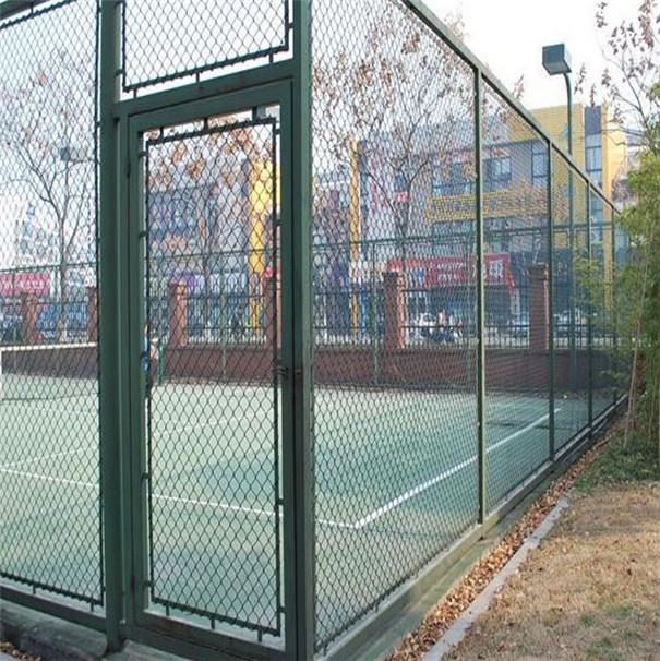 蓝球场围网规格