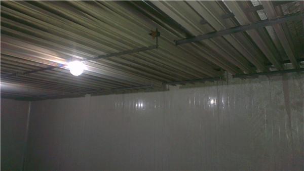 成都市彭州市某食品廠頂排管低溫庫