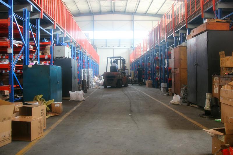 凿岩机生产车间