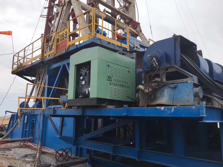 6立方自由螺杆油田钻进专用空压机施工现场