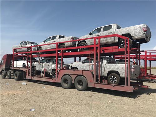 新疆汽车运输