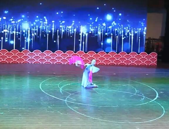 独舞《外婆湾》★ 襄阳剧院