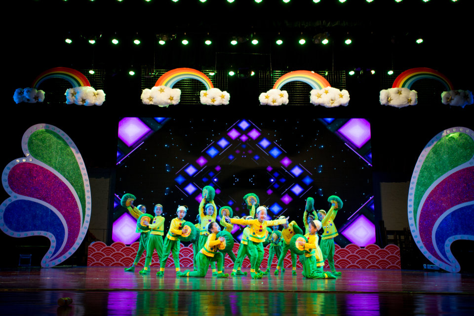 中国舞蹈家协会考级教程中级阶段(4-6)级(民族民间)