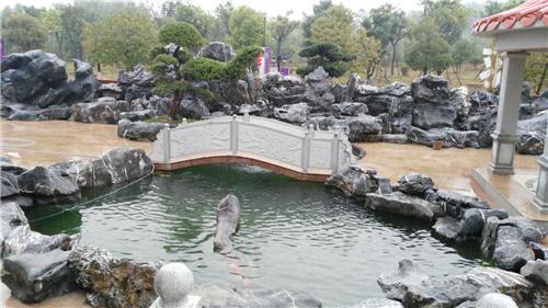 成都太湖石假山