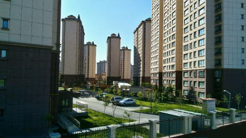 新疆防盗门厂家与米东区公务员小区达成合作