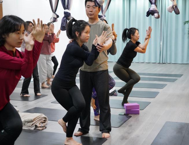 西安瑜伽培训专业负责