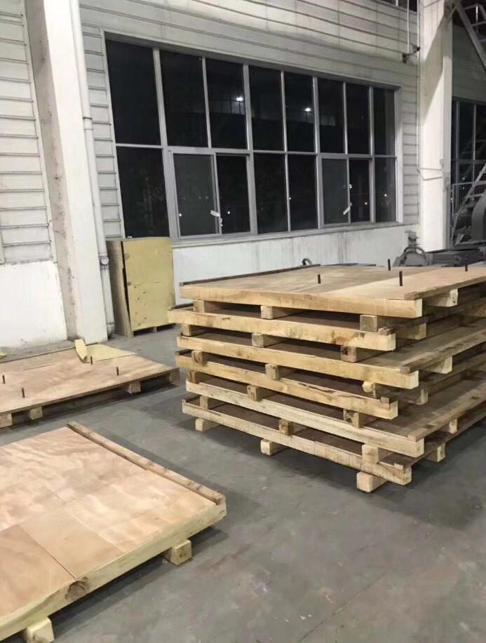与电气公司合作木包装箱