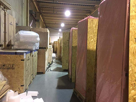 木包装箱客户包装现场