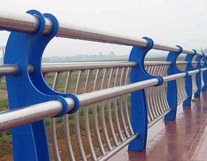 橋梁防撞護欄扶手安裝圖