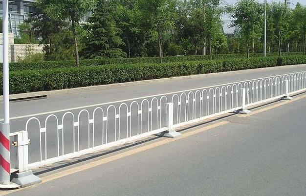 道路護欄設計