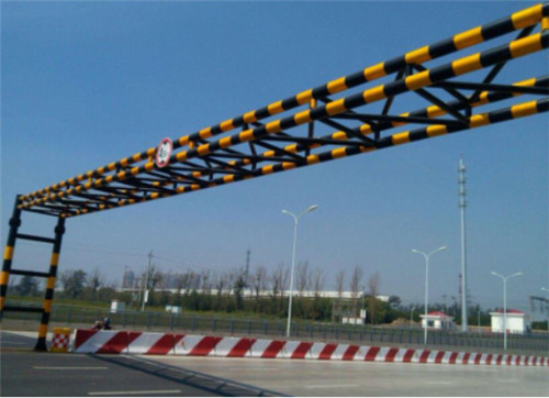 河南交通设施安装-限高架