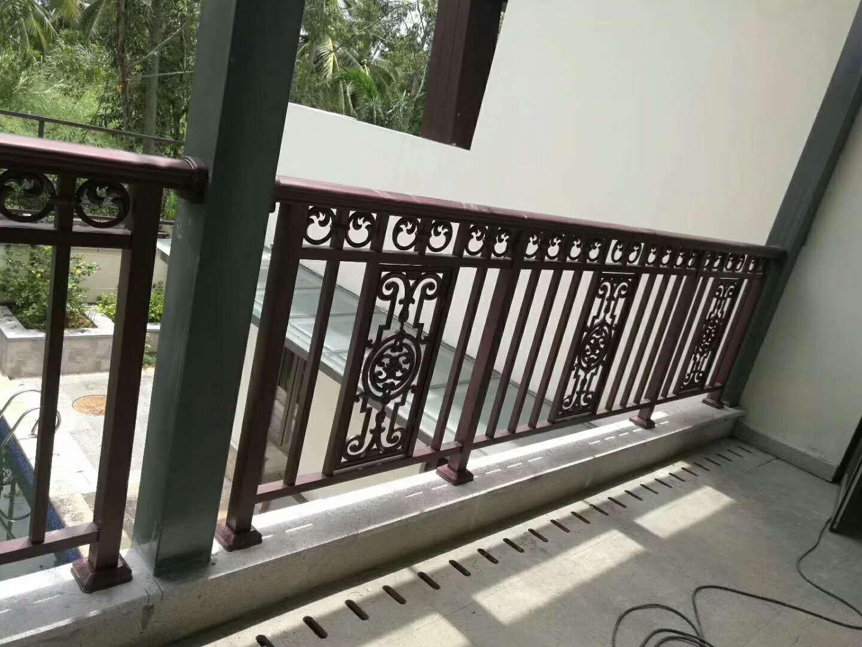 四川铝合金栏杆选购时的注意需求