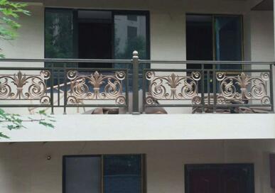 四川铝合金栏杆的选择和安装方法