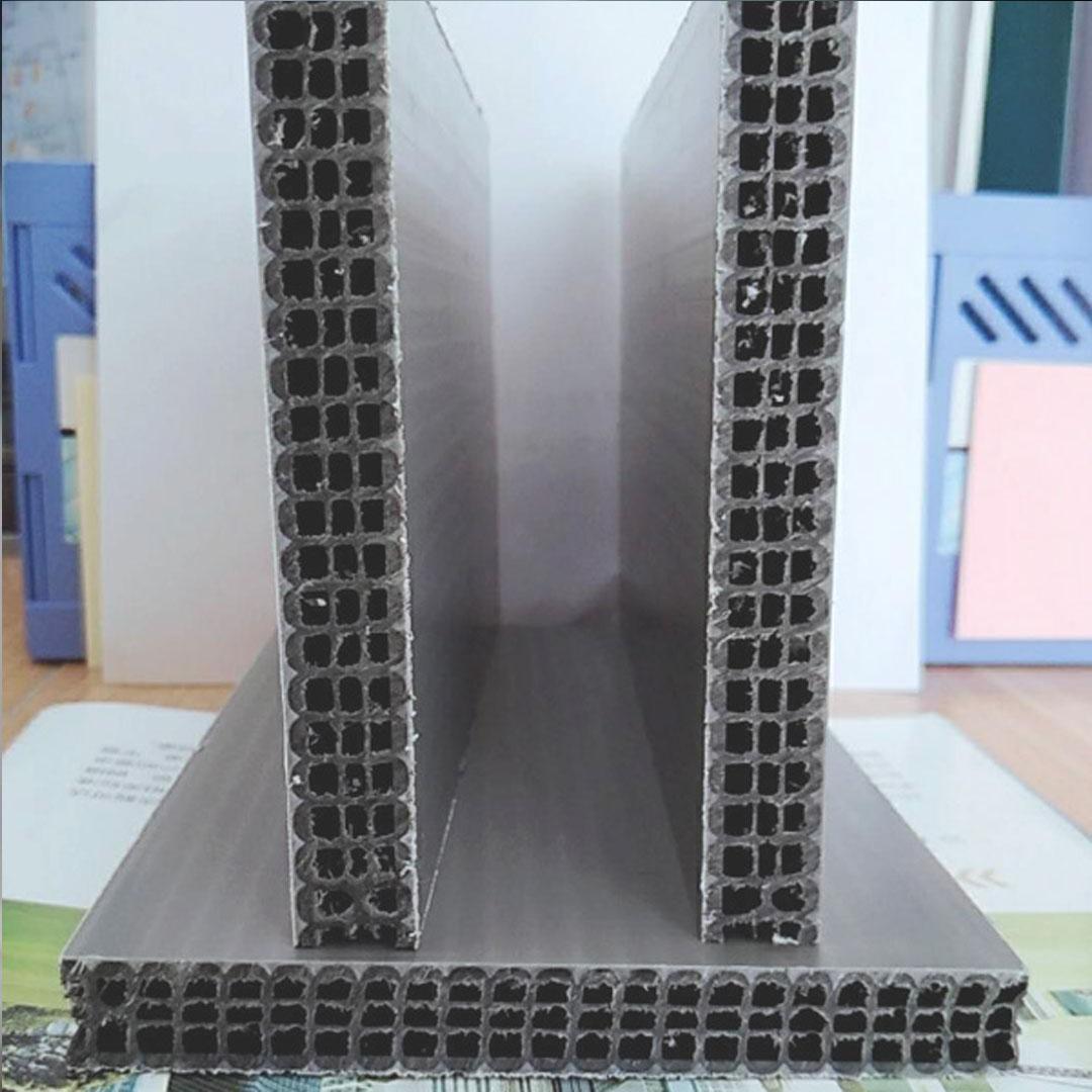 立柱中空建筑千亿平台