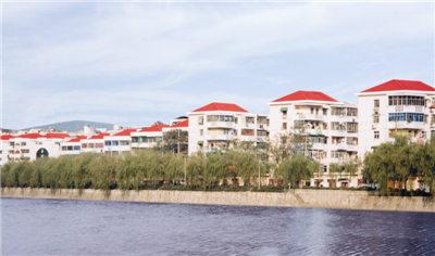 徐州市政府平改坡工程(2004年)塑钢瓦案例