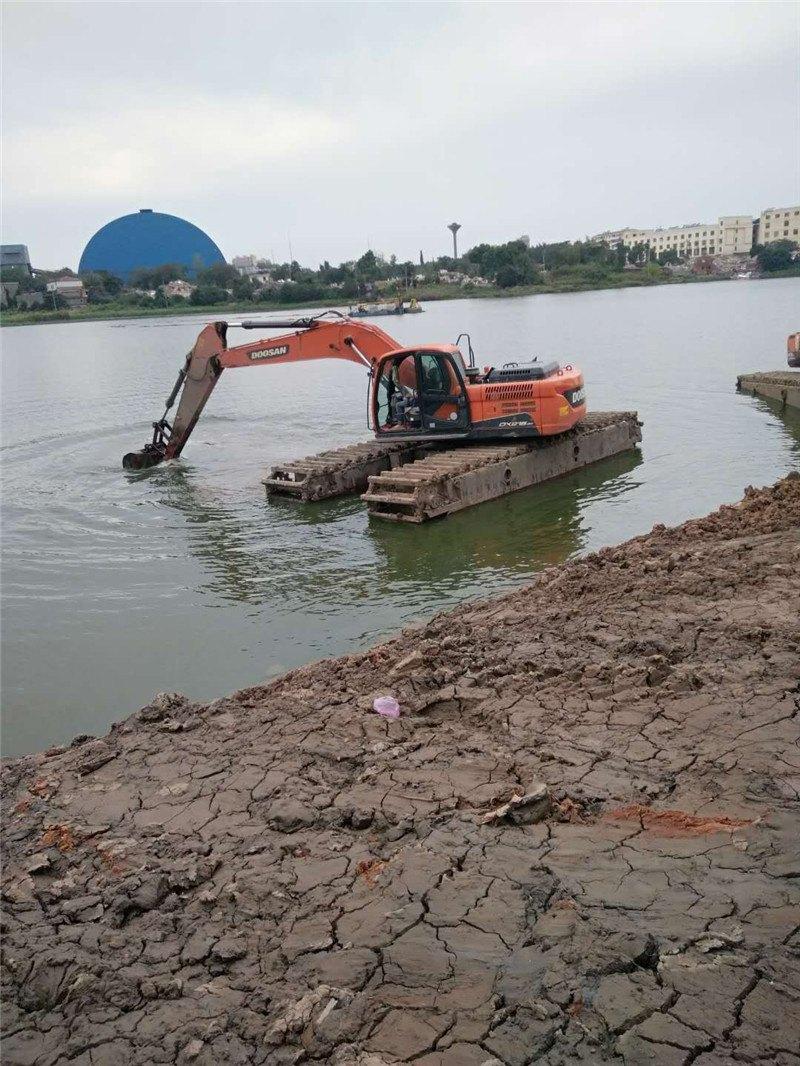 安徽水陆两用挖机--河道清淤