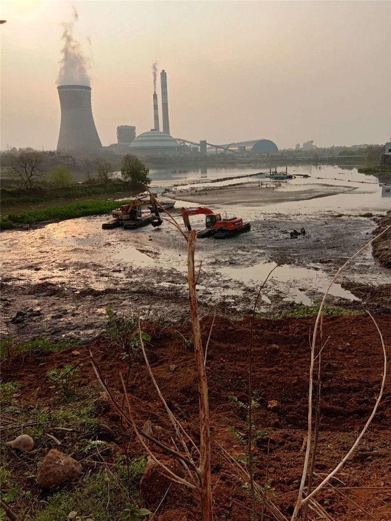 水陆两用挖机厂家--河道清淤