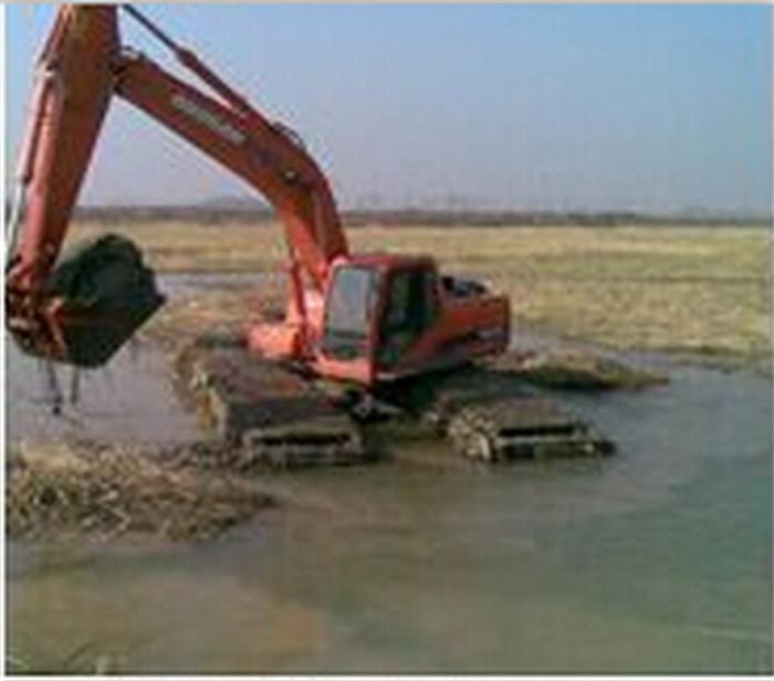 水陆两用挖机