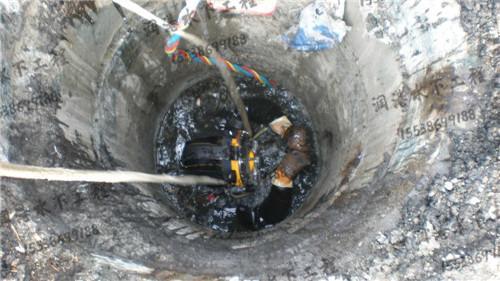 拥有丰富的水下施工团队