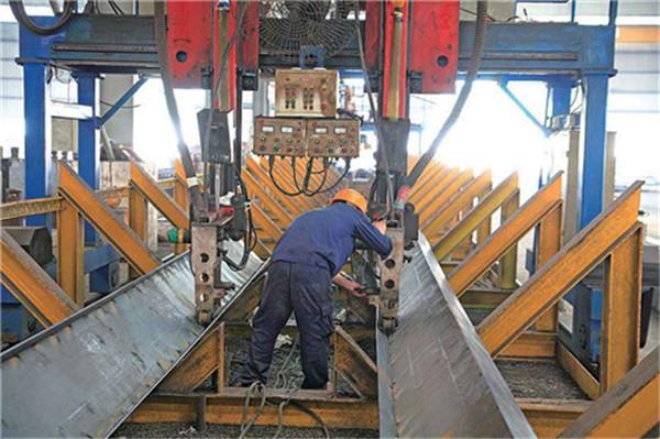 自动埋弧焊机