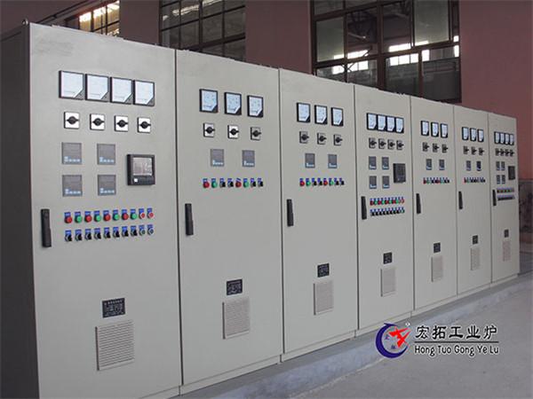 湖北回火炉厂家—温度控制柜系统