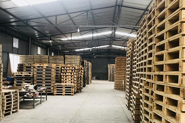 成都木箱生产厂区展示