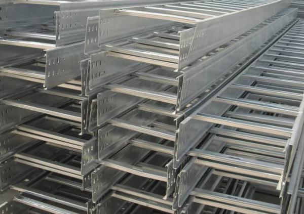 不同的四川电缆桥架具备不同的优势以及适用范围