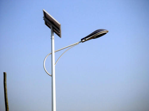 你知道四川太阳能路灯怎样实现自动开关吗?