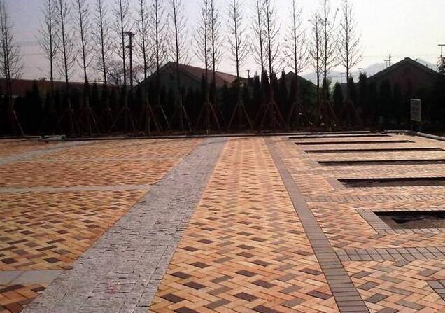 习家池广场道路彩砖使用图展示