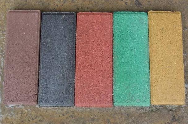 在路面铺设彩砖的时候,需要注意这五个方面!