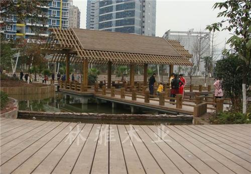 河南防腐木長廊工程