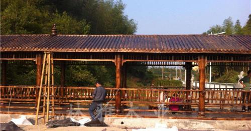 河南防腐木长廊正确保养方法