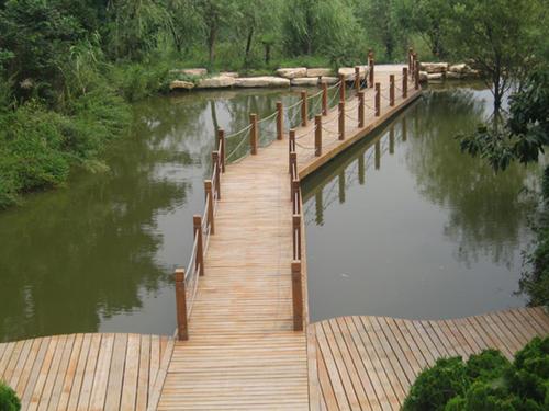 南陽防腐木棧道