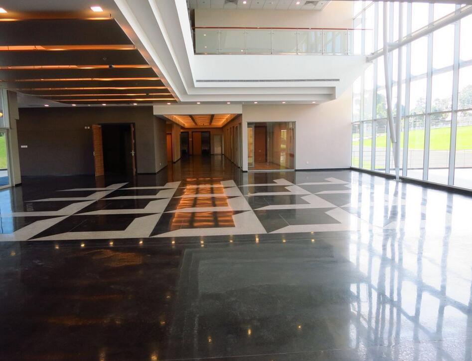 陕西固化剂厂家和大家探讨下耐磨地坪上有必要做固化剂吗?