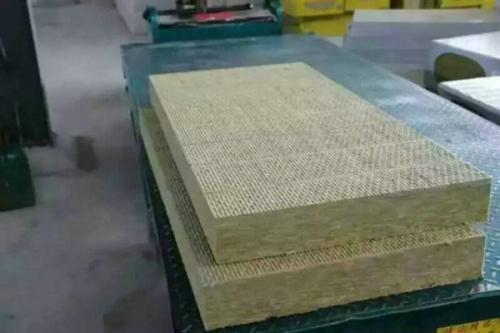 岩棉板的优势