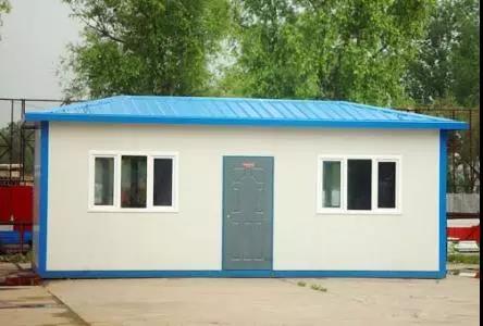 外墻彩鋼巖棉夾芯板材料房屋