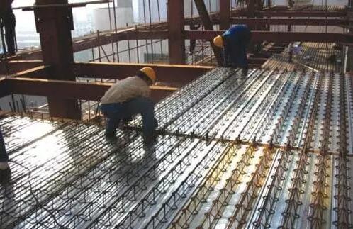 楼承板吊装施工