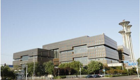 亚洲金融大厦正式竣工