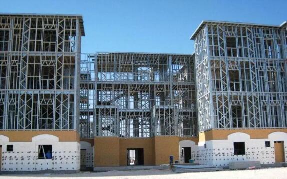 内蒙古钢结构厂家建造建筑施工