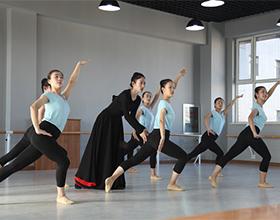 民族民间舞