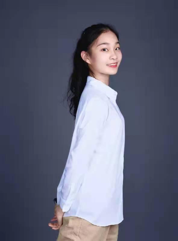 张馨元 教师