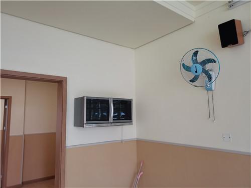 教室消毒柜安装效果