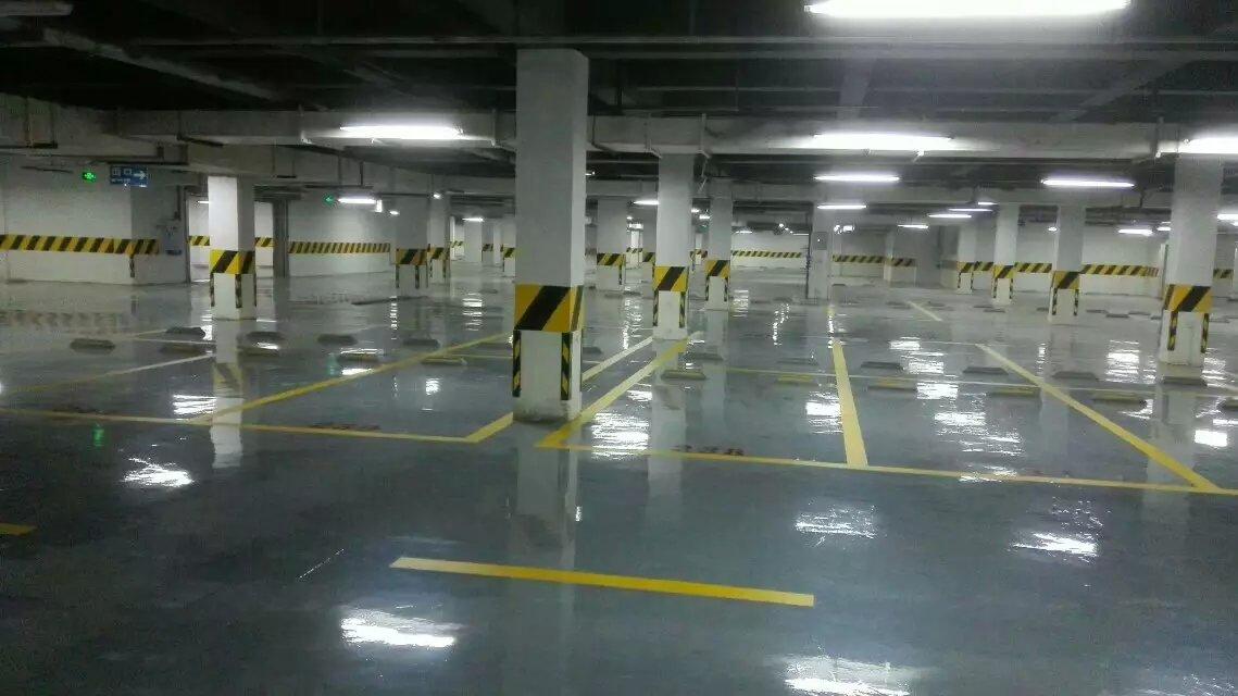 成都耐磨地坪-停车场