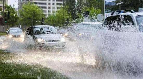 四川再次发布暴雨和地质灾害预警