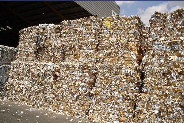 废品回收分类——纸箱利用