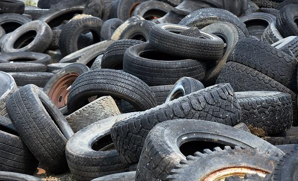 废旧橡胶回收