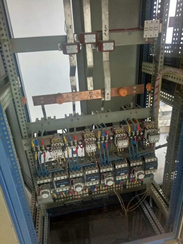 废旧电力设施