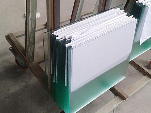 廣州啞光玻璃廠家團隊風采