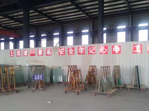 廣州啞光玻璃廠家工廠展示