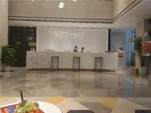 武汉华中科技大学希尔顿欢朋酒店